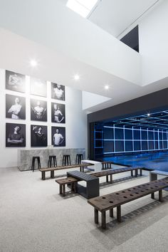 The Stylish Sweat: Coordination Asia verwandelt die Kunstgalerie in Nike Studio Beijing - Interieur - Interior Design Blogs, Gym Interior, Interior Exterior, Asian Interior, Gym Design, Retail Design, Gym Room, Fitness Studio, Hospitality Design