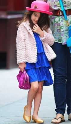 kate & tom let her wear whatever she wants. my kid will also be allowed to own this privilege!