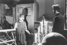 1969: Maggie Evans (Kathryn Leigh Scott) and the ghost of Quentin Collins (David Selby)
