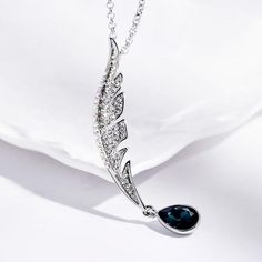 Teardrop Leaf Pendant-Silver color - Ashley Jewels