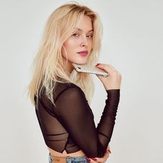 See Zara Larsson pictures, photo shoots, and listen online to the latest music. Sabrina Carpenter, Beautiful Girl Image, Beautiful People, Zara Lasson, Famous Girls, Happy Girls, All About Fashion, Woman Face, Supermodels