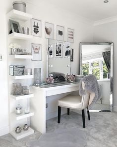 10 vanity mirrors with light ideas you need to spruce up your vanity table GirlsRoom AmourRoom BestBedroomGirls VanityMirrorWithLights Ikea Esty VanityDecor MakeupRoom Girls VanityMirrorIdeas DIYVanityMirrorIdeas # Room, Room Design, Interior, Dressing Table Decor, Stylish Bedroom, Room Decor, Room Decor Bedroom, Bedroom Decor, Dressing Room Design