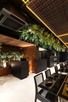 Home Decoration In Pakistan Bistro Interior, Bar Interior Design, Restaurant Interior Design, Cafe Interior, Cafe Design, Sushi Restaurants, Sushi Bar Design, Brick Cafe, Hotel Lobby Design