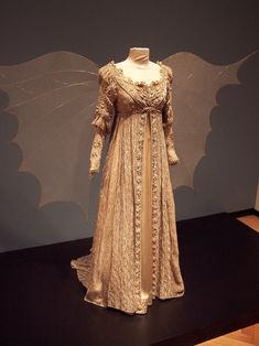 My all-time favorite movie costume =) (Ball gown from Ever After)