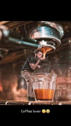 Best Espresso, Espresso Coffee, Coffee Cafe, Coffee Humor, Coffee Drinks, I Love Coffee, Coffee Break, My Coffee, Morning Coffee