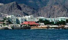Aden Yemen imágenes - restaurante con techo rojo era domingo por la noche favorita