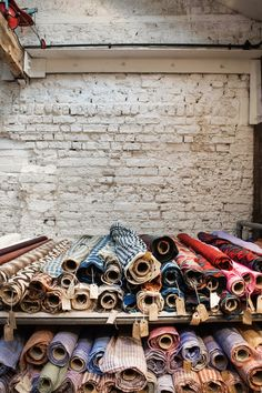 Home and Delicious: LONDON: WHY NOT VISIT A TEXTILE SHOP?