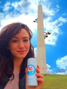 Oxygenated water Oxylife water. USA, Washington D.C. http://www.flowpraha.cz/oxygenwater/