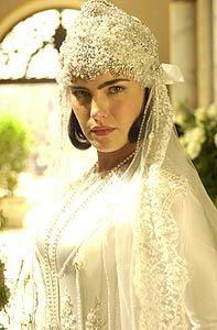 Ana Paula Arósio vestida de noiva
