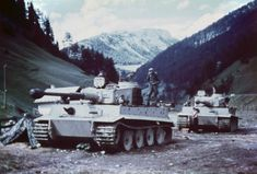 """German tanks Pz. Kpfw. VI """"Tiger"""" of the 508 battalion of heavy tanks (schwere Panzer-Abteilung 508) on the Brenner pass (Brenner) near the Austrian-Italian border during the transfer to Italy."""