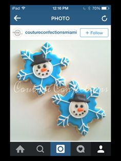 Christmas Baking, Christmas Cookies, Christmas Ornaments, Snowflake Cookies, Cookie Decorating, Sugar Cookies, Snowflakes, Holiday Decor, Winter