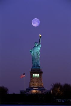 Once in a blue moon.Lady Liberty ~ New York City, New York Beautiful Moon, Beautiful World, Beautiful Places, Nyc, New York City, Liberty New York, Liberty House, Beau Site, Shoot The Moon