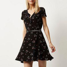 Black floral print wrap dress - floral dresses - dresses - women