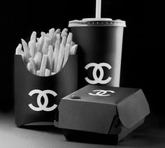 Who knew Fast Food could be so Chic..?!!! I Wonder how much is this Happy Meal... lol.. =)