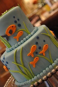 Fish Party Cake for a boy. Fish Cake Birthday, 1st Birthday Parties, 2nd Birthday, Birthday Ideas, Fisherman Cake, Boat Cake, Sea Cakes, Adoption Party, Celebration Cakes