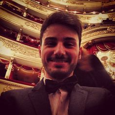 @fg_grillo Enjoying Opera night #teatroallascala #opera #iltrovatore #milano #italia #elegance #suit #selfie #stupid #fashion #saturdaynight #abbonati #top