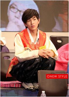 """Onew (SHINee): """"Star Golden Bell"""" Chuseok special."""