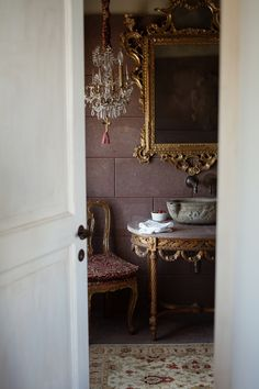 Love this powder room. The simplicity of the white marble walls with the elaborate mirror and handsome vanity. My son asked for bathroom/powder room ideas. Ivy House, Beautiful Bathrooms, White Bathrooms, Luxury Bathrooms, Master Bathrooms, Dream Bathrooms, Bathroom Interior, Design Bathroom, Interiores Design