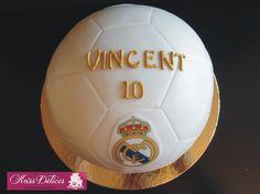 Gâteau Ballon de foot Fathers Day Cake, Soccer Ball, European Football, European Soccer, Soccer, Futbol