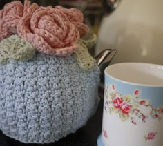 tales from cuckoo land blog: Gorgeous tea cosy and explanation of the main stitch.