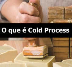 O que é Cold Process ? Decorative Soaps, Solid Perfume, Luz Natural, Cold Process Soap, Beauty Recipe, Home Made Soap, Natural Cosmetics, Handmade Soaps, Soap Making