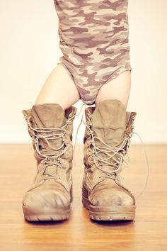 cute photo in daddy's boots <3