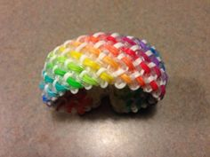 Rainbow Loom SNAKE BELLY bracelet. Designed by Rob at Justin's Toys. Loomed by Michelle Lizak. Rainbow Loom Obsession FB page. 03/07/14.