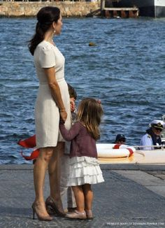 Mary and her children Princess Isabella and Prince Christian attend the celebration of the 500 year anniversary of the Danish Navy in Copenhagen, Denmark, 10 August 2010.