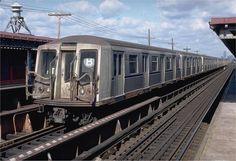 New York Subway, Nyc Subway, Underground Tube, Train Tracks, New York City, Trains, Brooklyn, Urban, Electric