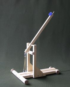 Science Project Catapult with Experiment Guide.