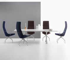 Boardroom chairs are meant for individuals who completely matter and people who find themselves of u Modern White Leather Sofa, Modern Sofa, Outdoor Dining Chairs, Table And Chairs, Living Room Chairs, Living Room Furniture, Office Furniture, Boardroom Chairs, Victorian Couch