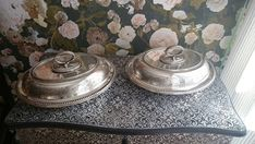 Antique Silverplate Entree serving dishes with lids and handles marching pair English Country house style Country Style Homes, French Chic, Serving Dishes, Makers Mark, Entrees, Silver Plate, Handmade Items, My Etsy Shop, Handle