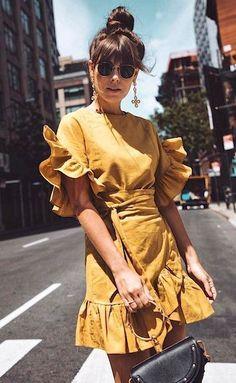 fashionable outfit_ruffle dress + bag + sunglasses