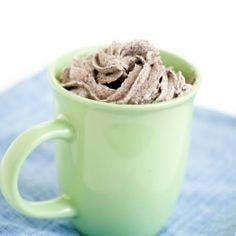 Oreo mug cake. Cookies and cream cake in less than 2 minutes.