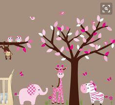 Cuarto animales árbol rosa bebe