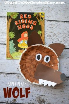 Paper Plate Wolf {Kid Craft} – Sharing Kindergarten Paper Plate Wolf {Kid Craft} Easy Paper Plate Wolf craft that goes with the story Little Red Riding Hood. A simple craft for toddlers and preschoolers when teaching fairy tales.