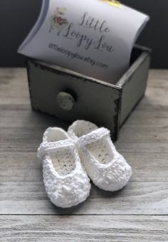 White Crochet Baby Booties Soft Sole Baby Shoes Coming Home Outfit Baby Girl Sandals Stay On Booties Baby Shower Gift ELSA by littleloopylou Baby Girl Sandals, Baby Shoes, Do It Yourself Baby, Shower Outfits, Handmade Hair Accessories, Coming Home Outfit, Newborn Photography Props, Crochet Baby Booties, Mom Outfits