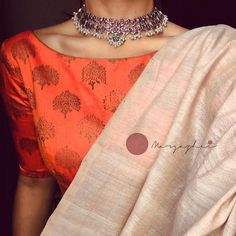Oxidised 925 silver neckpiece that can go well with your traditional as well as indo- Western outfits Trendy Sarees, Stylish Sarees, Indian Wedding Outfits, Indian Outfits, Pakistani Outfits, Bridal Outfits, Indian Dresses, Saree Jackets, Saree Jewellery