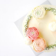 Eat Cake Be Merry - Buttercream Ranunculus and Baby's Breath Wreath Cake