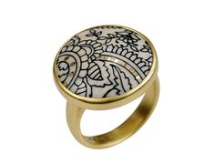 Me and Ro Me 18K Gold Small Paisley Disc Ring. Really want this!