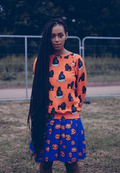 Solange Knowles braids range from box braids to cornrows to an african braided style with beads. The singer/songwriter looks great in the braided buns. Solange Knowles, Box Braids Hairstyles, Dreadlock Hairstyles, Updo Hairstyle, Prom Hairstyles, Next Fashion, Fashion Week, Box Braids Pictures, Twisted Hair