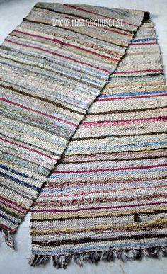 Gudrun - The Farmers Wife - Antique Rag Rug.  In love with the different shades of this...