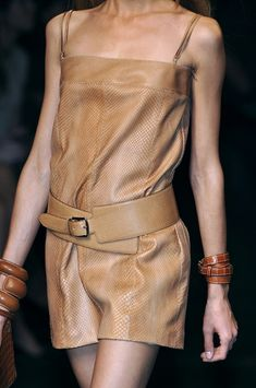 whatchathinkaboutthat:  Hermes Spring 2010 Details