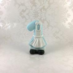 Alice in Wonderland Cake Topper. Alice in Onederland Age Number. Alice in Wonderland Themed Cake Topper. Alice in Wonderland 1st Birthday. by MargieSugarArt on Etsy https://www.etsy.com/listing/285687201/alice-in-wonderland-cake-topper-alice-in