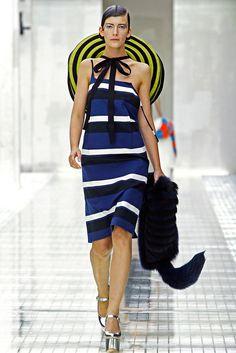 black and white prada handbag - Prada Spring 2011 Ready-to-Wear - Collection - Gallery - Style.com ...