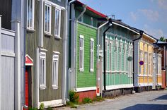 Rauma Old town houses, Finland Wooden Architecture, Old Houses, Wooden Houses, Scandinavian Countries, Small Buildings, Nordic Design, World Heritage Sites, House Painting, Old Town