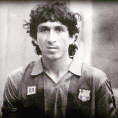 Magico querido, con la camisola del Barça cuando se les unió en la gira por EE.UU. en 1984 #magicogonzalez #barcelonafc #futbolelsalvador #retrosyrarezas