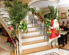 christmas stairs decorations | ... CASA Christmas Fantasy Sweetwater home shines on Christmas home tour