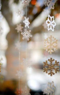 Paper Snowflakes by kulikulikuwaha