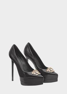 Versace Medusa Tri-Color Platform Pumps for Women Stem Challenge, Plateau Pumps, Versace Shoes, Versace Clothing, Versace Fashion, Jeans Outfit Summer, Shirt Outfit, Sandals Outfit, Platform High Heels